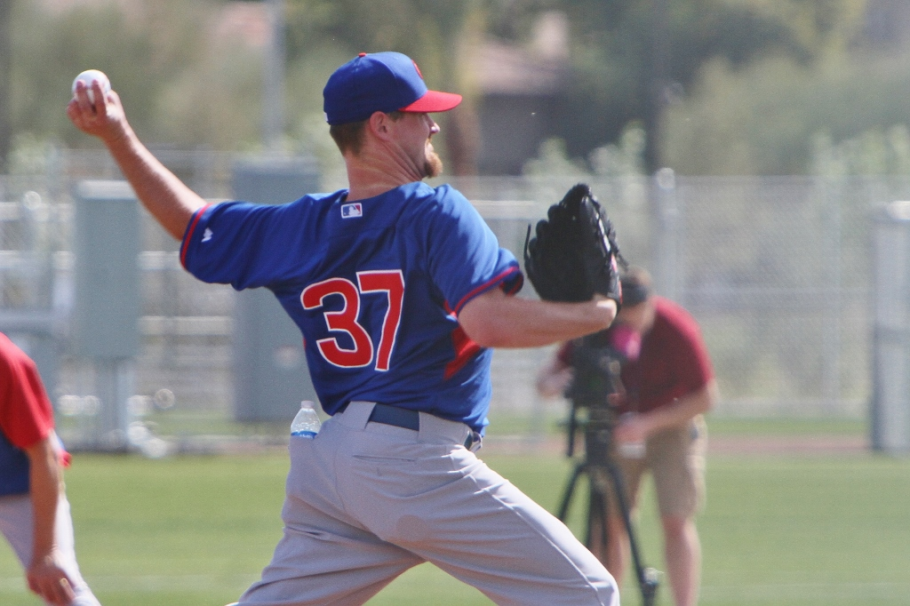 Cubs pitcher Travis Wood works out at the new Cubs Park in Mesa, AZ