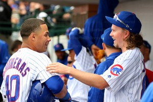 Cubs Contreras chats with Pierce Johnson