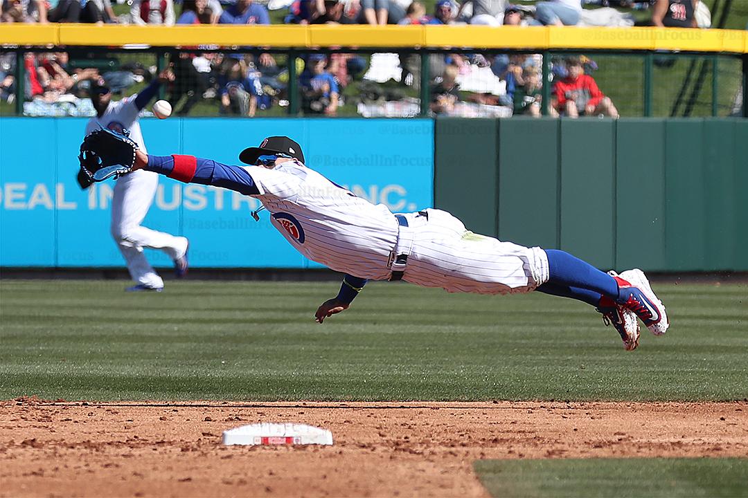 Baez dive but misses this one, shows athleticism